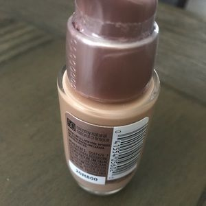 Maybelline Dream Satin Foundation (Creamy Natural)